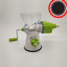 Multifunctional Kitchen Manual Hand Juicer